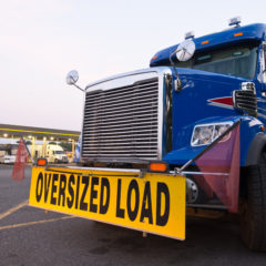 Heavy Lifting! 5 Tips for Hauling Oversized Loads